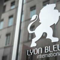 Lyon Bleu International 64380